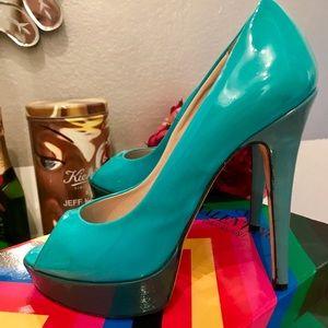 Stunning Italian designer stiletto peep toe pumps